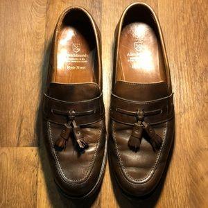 allen edmonds 9.5 d brown hyde street slip on